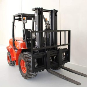 Wecan Rough Terrain Forklift Forklift 3 Tonne side front view.