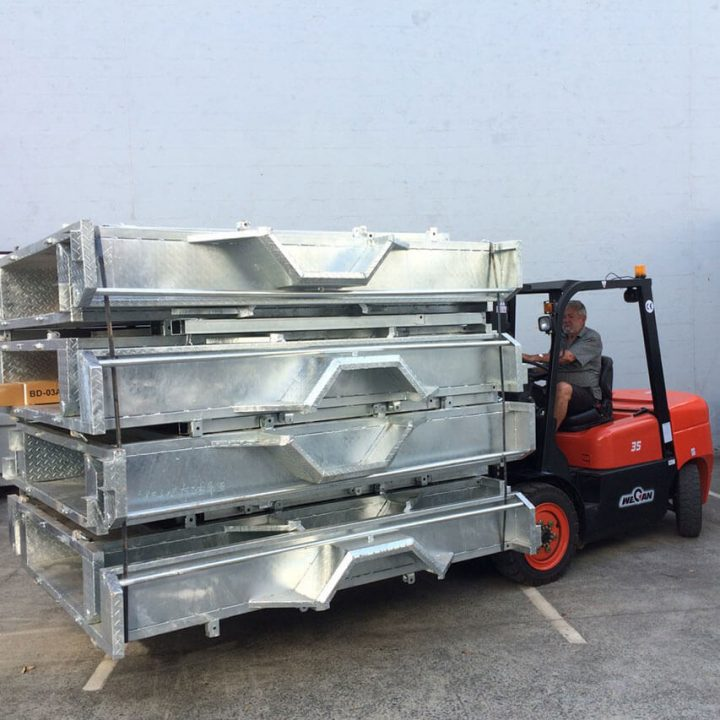Wecan Forklift 3.5 Tonne forks with steel loaded.
