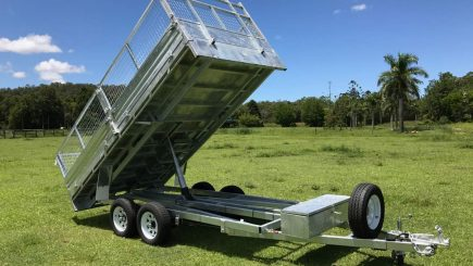 Ozzi Trailers 14x7 Flat Top Hydraulic Tipper with Ramps full tip.