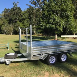 10x7 Flat Top Trailer side view.