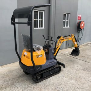 Ozziquip 700D Micro Excavator Yanmar Diesel with Offset Boom rear back view.