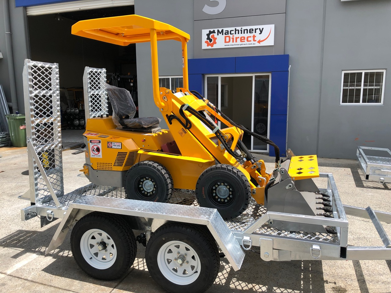 10x5 Plant Trailer 2000kgs loaded with mini excavator side view.